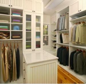 Conquer Closet Clutter®