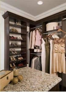 Walk-in Closet Organizers - Maximize Closet Space