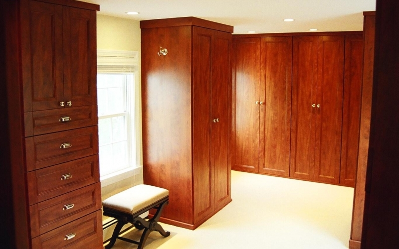 Custom closet cabinets Boston, MA