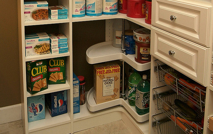How To Use Lazy Susanu0027s To Organize Your Pantry