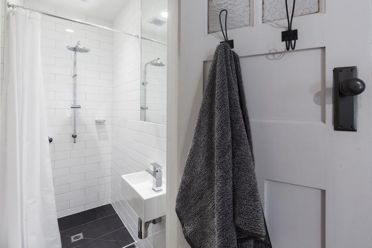 Small bathroom door hook storage