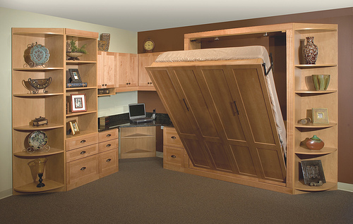Murphy bed in a home office