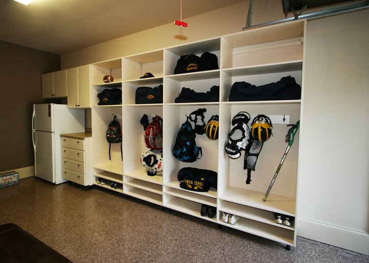 Garage shelving cabinets in Charotte