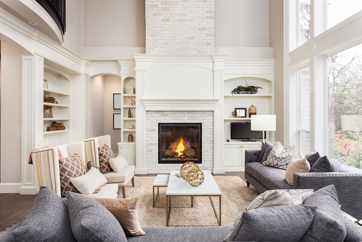 Bright living room with vaulted ceilings