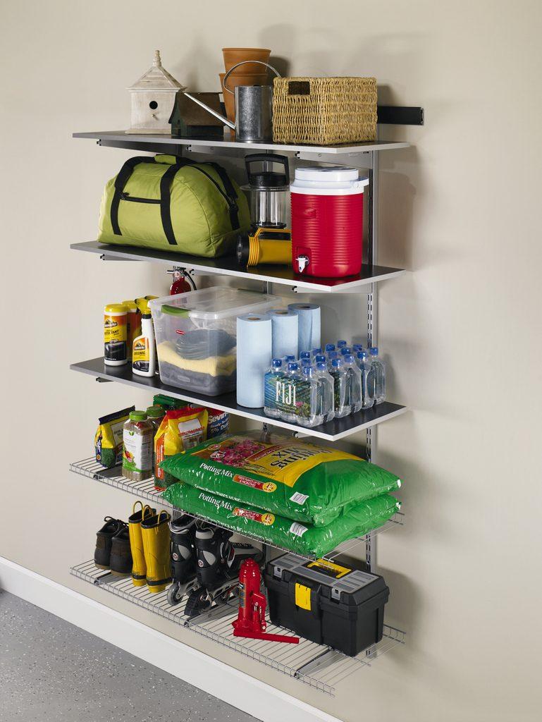 Organized garage shelves
