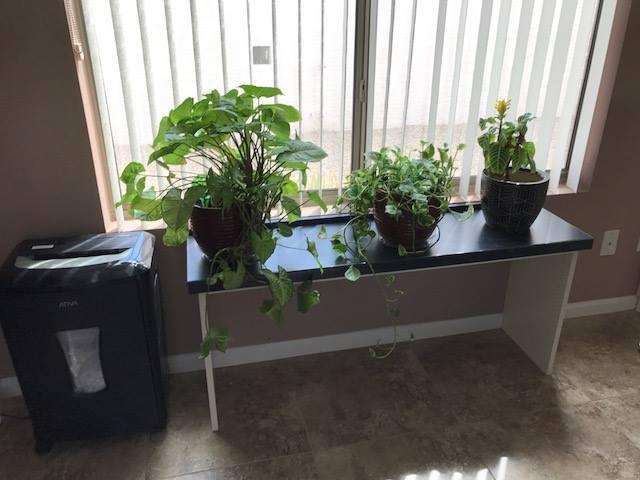 Small custom desk Scottsdale