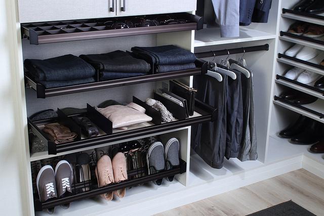 custom closet Phoenix accessories