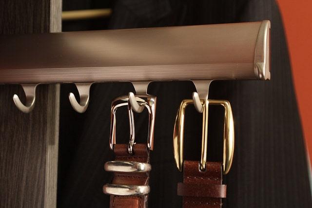 Scottsdale built-in closet belt pullout rack