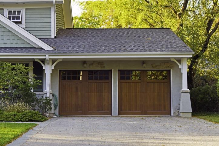 Modern Garage House Exterior