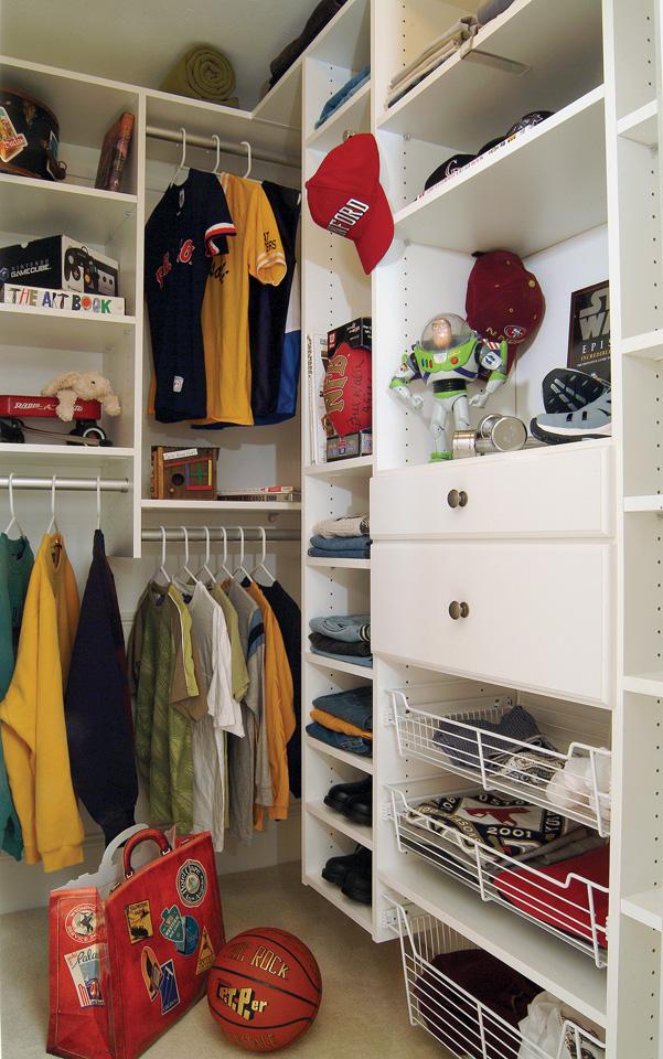 Boy's Custom Closet